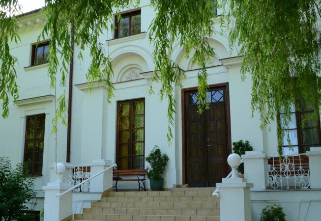 Pałac w Kiernozi