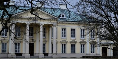 Pałace Mazowsza