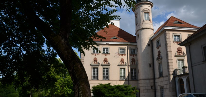Pałac w Otwocku Wielkim fot.Emilia Szutenbach