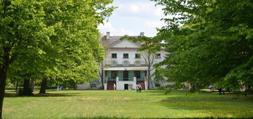 Pałac w Kiernozi fot Emilia Szutenbach
