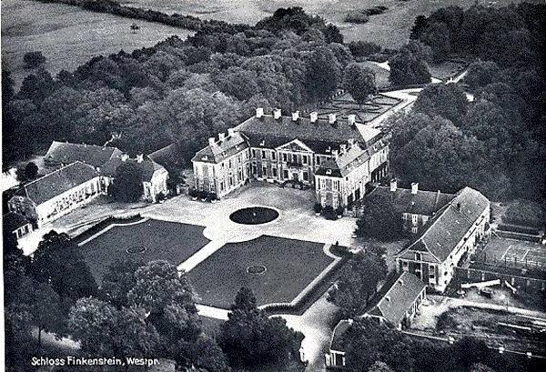 Zamek Finckenstain zdjęcie archiwalne