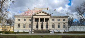 Pałac w Młochowie, fot. Emilia Szutenbach